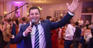 Afrim Muçiqi tregon se si do të vallëzojnë dasmorët, plas e qeshura në studio