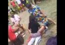 Tradita është traditë: Motrat e nuses provojnë dhëndrin për të parë nëse ai mund t'u rezistojë…! (Video)