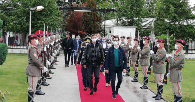 Pendarovski dhe Pahor në Ohër në stërvitjen demonstruese të ekipeve speciale të Armatës