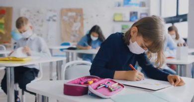 Komisioni për Sëmundje Ngjitëse sot do të vendosë për qëndrimin ditor në shkolla