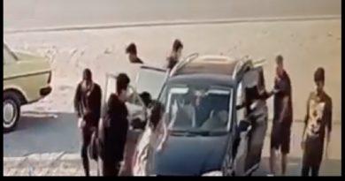 Pamjet e rralla vijnë nga Elbasani! Nga makina dalin 12 refugjatë sirianë
