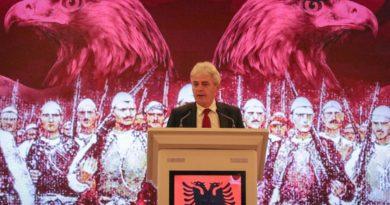 """Ali Ahmeti: """"Ri moj shqipe, mos fol shumë fjalë,  se prej teje e kemi emrin shqiptar…"""""""