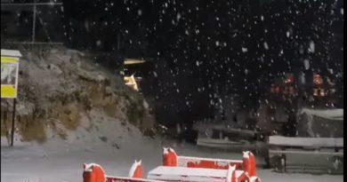 Bora zbardhë Brezovicën (Video)