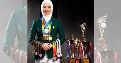 Vajza muslimane me mbulesë fitoi kampionatin botëror të kujtesës 'prestigjioze' duke mundur 300 garues