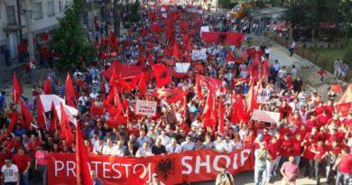 """""""Në Maqedoni ka 1 milion e 200 mijë muslimanë, prej tyre 1 milion janë shqiptarë"""""""