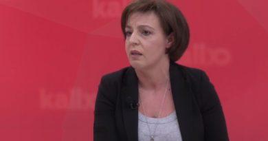 Donika Gërvalla: Isa Mustafa e instaloi Agim Veliun që ta eksplodojë Qeverinë Kurti