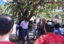 Nuk mbajti premtimin, banorët e lidhin në pemë kryetarin e komunës
