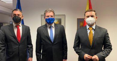 Osmani dhe Dimitrov takojnë Borrellin dhe Lajçakun, politika e zgjërimit të BE- së me vendet e ballkanit