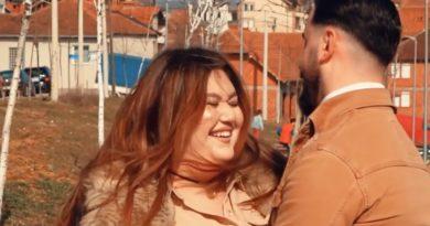 Ja çka të bën martesa për letra: Historia e çiftit kosovar njëri i hollë tjetri me mbi 100 kilogramë