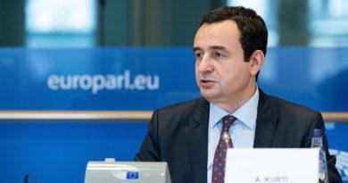 Kurti në Bruksel kërkon liberalizimin e vizave: Rinia jonë po përballet me murin e izolimit