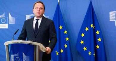 Varhelyi në Bruksel: Ky është një hap përpara që të jetë viti i Ballkanit Perëndimor