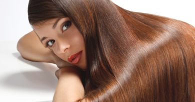 Dobitë e qepës së kuqe për flokët