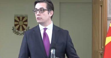 """Pendarovski pas takimit me Mickoskin: S'ka falje për të dë.nuarit e """"27 prillit"""""""