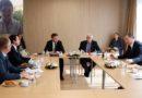 Gazetarja nga Brukseli: Kurti e dominoi takimin, Vuçiq u vu në siklet nga katër propozimet e tij