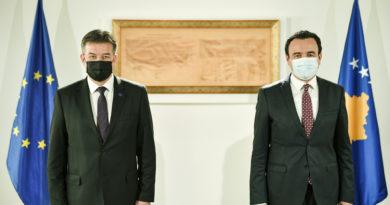 Kurti: I tregova edhe Lajçakut, që jemi të gatshëm ta heqim reciprocitetin, por që këtë duhet ta bëjë edhe Serbia