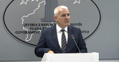 Reciprociteti për targa – Sveçla: Do t'i kompensojmë dëmet për shqiptarët e Luginës